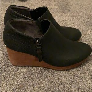 Dr. Scholls wedge boot